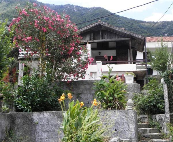 Дом в Столиве, Черногория, 228 м2 - фото 1