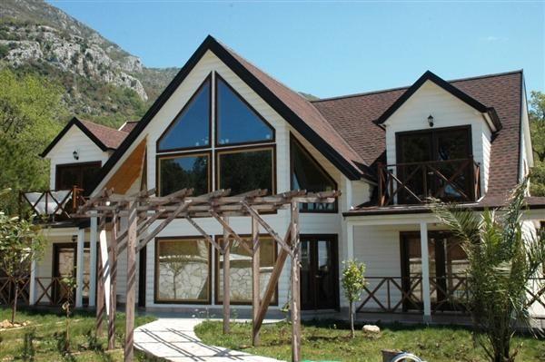 Дом в Шушани, Черногория, 700 м2 - фото 1