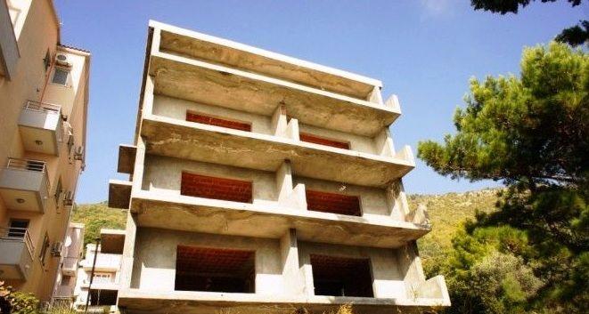 Отель, гостиница в Петроваце, Черногория, 800 м2 - фото 1