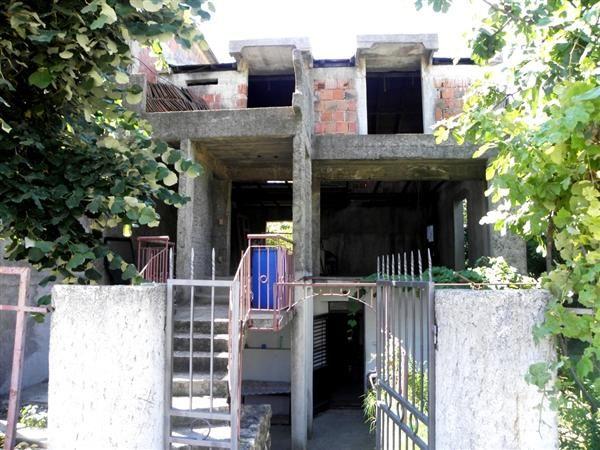 Дом в Баре, Черногория, 235 м2 - фото 1