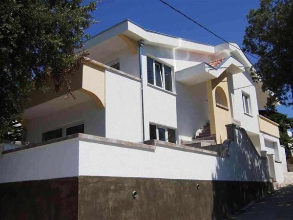 Дом в Утехе, Черногория, 210 м2 - фото 1