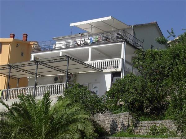 Дом в Которе, Черногория, 400 м2 - фото 1