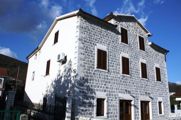 Квартира в Биеле, Черногория, 40 м2 - фото 1