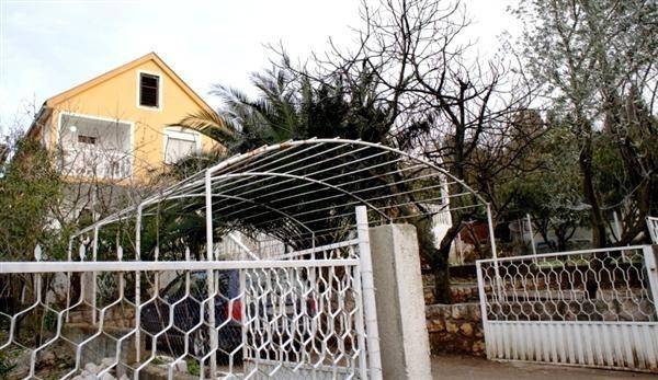 Дом в Утехе, Черногория, 285 м2 - фото 1