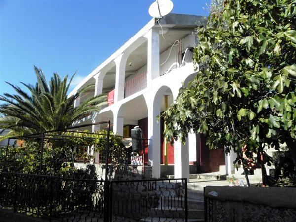 Отель, гостиница в Добра Воде, Черногория, 120 м2 - фото 1