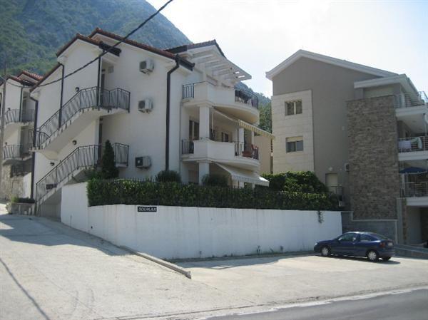 Квартира в Люте, Черногория, 74 м2 - фото 1