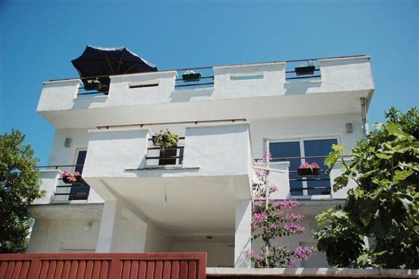 Отель, гостиница в Утехе, Черногория, 200 м2 - фото 1