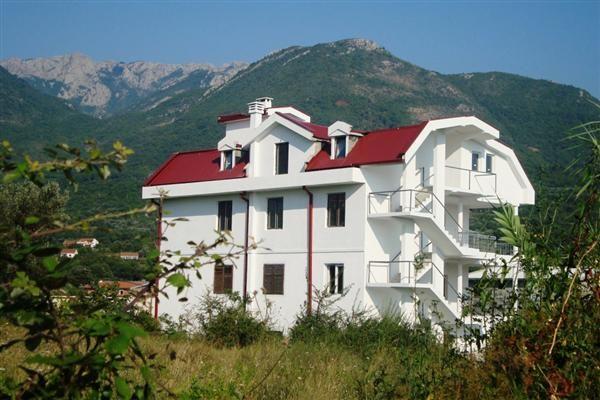 Дом в Баре, Черногория, 715 м2 - фото 1