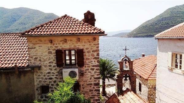 Дом в Перасте, Черногория, 136 м2 - фото 1