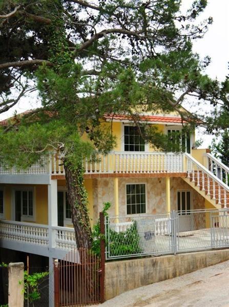 Дом в Баре, Черногория, 168 м2 - фото 1