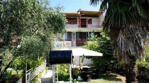 Дом в Шушани, Черногория, 240 м2 - фото 1