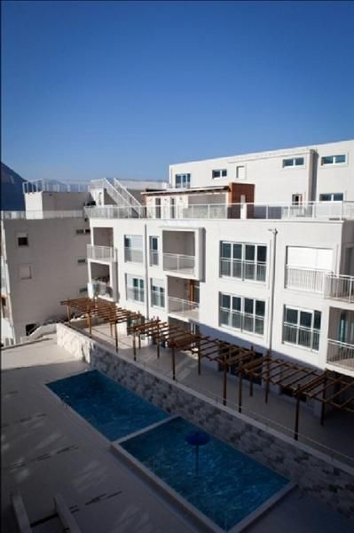 Квартира в Доброте, Черногория, 75 м2 - фото 1