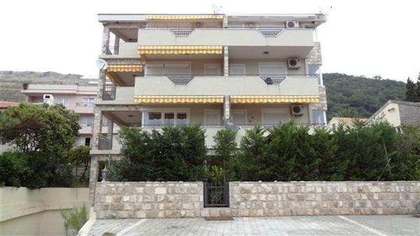 Квартира в Петроваце, Черногория, 89 м2 - фото 1