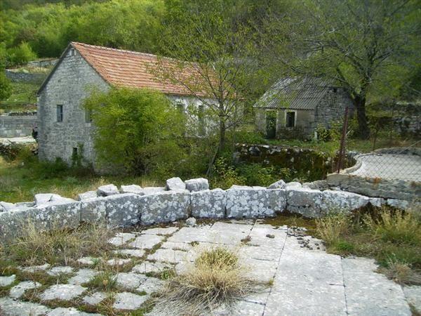 Дом в Цетине, Черногория, 77 м2 - фото 1