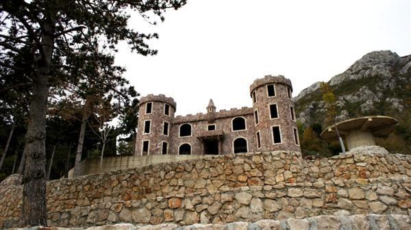 Отель, гостиница в Баре, Черногория, 1050 м2 - фото 1