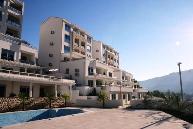 Квартира в Доброте, Черногория, 51 м2 - фото 1
