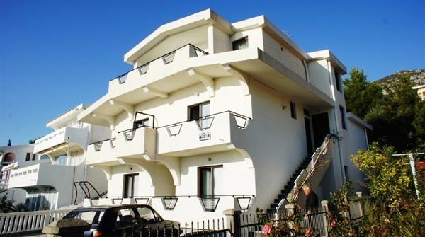 Отель, гостиница в Шушани, Черногория, 340 м2 - фото 1