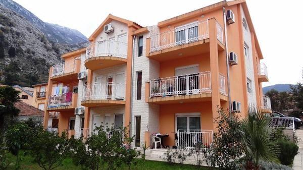 Квартира в Которе, Черногория, 51 м2 - фото 1