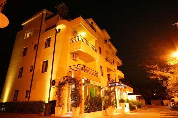 Отель, гостиница в Шушани, Черногория, 1000 м2 - фото 1