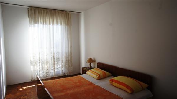 Квартира в Баре, Черногория, 64 м2 - фото 1
