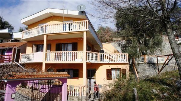 Дом в Шушани, Черногория, 190 м2 - фото 1