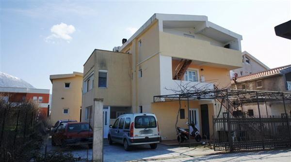Дом в Баре, Черногория, 513 м2 - фото 1