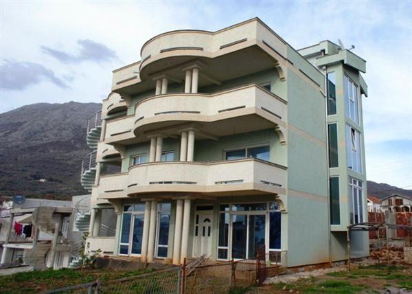 Отель, гостиница в Добра Воде, Черногория, 1000 м2 - фото 1