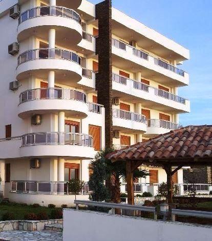 Квартира в Добра Воде, Черногория, 51 м2 - фото 1