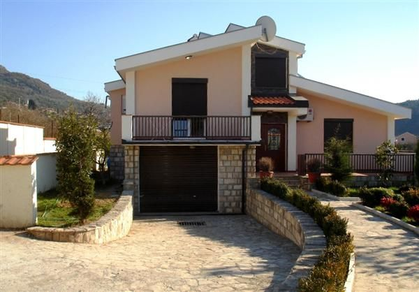 Вилла в Баре, Черногория - фото 1