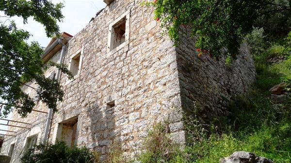 Дом в Дженовичах, Черногория, 2750 м2 - фото 1