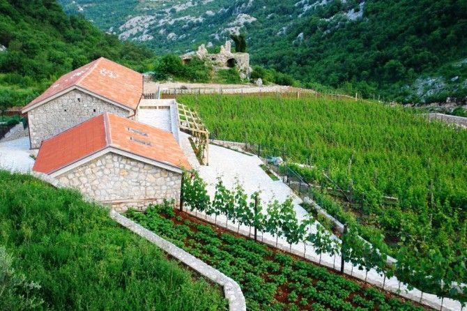 Дом в Цетине, Черногория, 680 м2 - фото 1