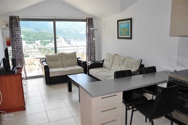 Квартира в Бечичи, Черногория, 51 м2 - фото 1
