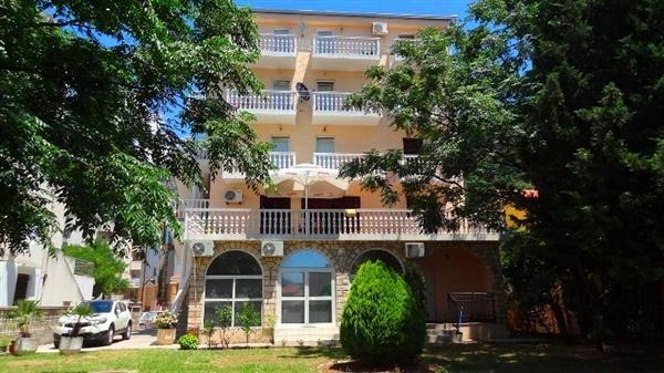 Отель, гостиница в Будве, Черногория, 700 м2 - фото 1