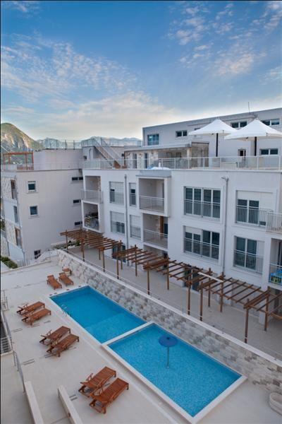 Квартира в Доброте, Черногория - фото 1