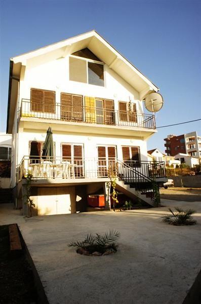 Дом в Добра Воде, Черногория, 492 м2 - фото 1