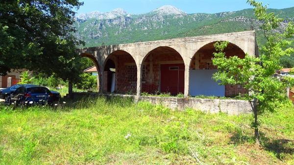 Дом в Херцеге Нови, Черногория, 146 м2 - фото 1