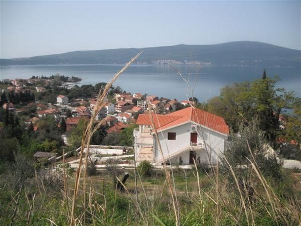 Земля в Тивате, Черногория, 1616 м2 - фото 1