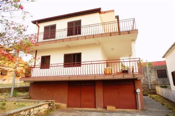 Дом в Добра Воде, Черногория, 295 м2 - фото 1