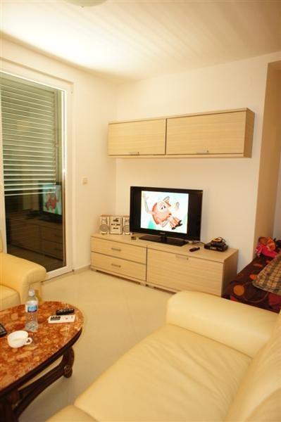Квартира в Петроваце, Черногория, 80 м2 - фото 1