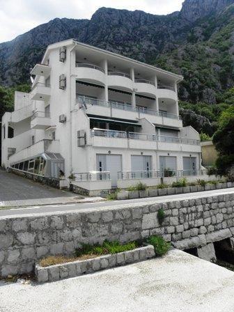 Квартира в Люте, Черногория, 42 м2 - фото 1