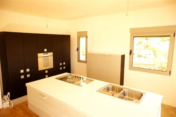 Квартира в Будве, Черногория, 223 м2 - фото 1