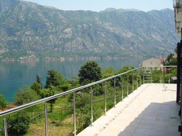 Квартира в Прчани, Черногория, 137 м2 - фото 1