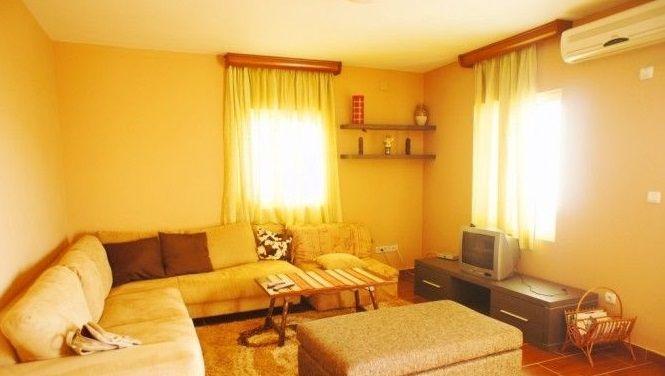 Квартира в Петроваце, Черногория, 82 м2 - фото 1