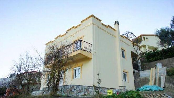 Дом в Баре, Черногория, 247 м2 - фото 1