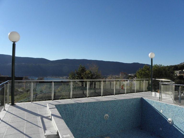 Квартира в Херцеге Нови, Черногория, 44 м2 - фото 1