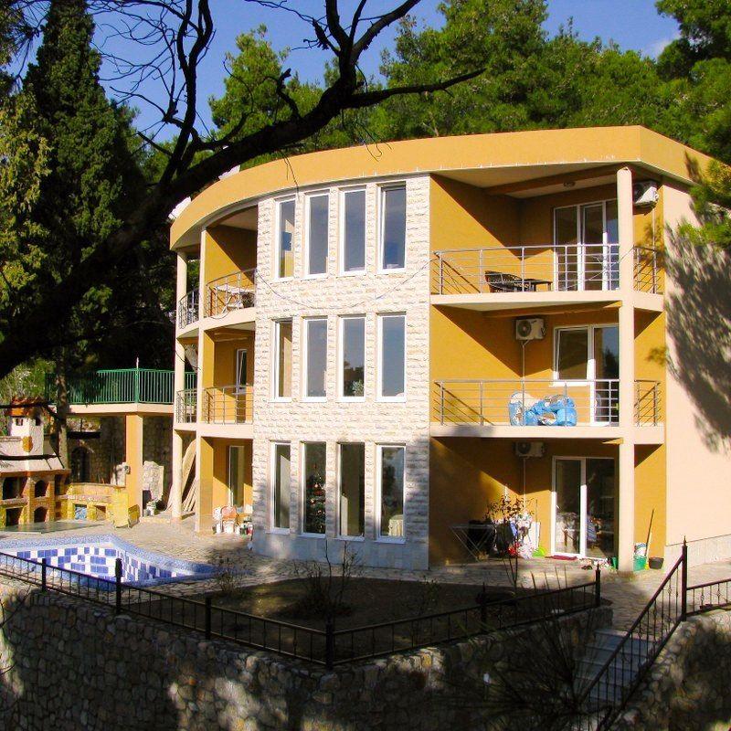 Вилла в Шушани, Черногория, 520 м2 - фото 1