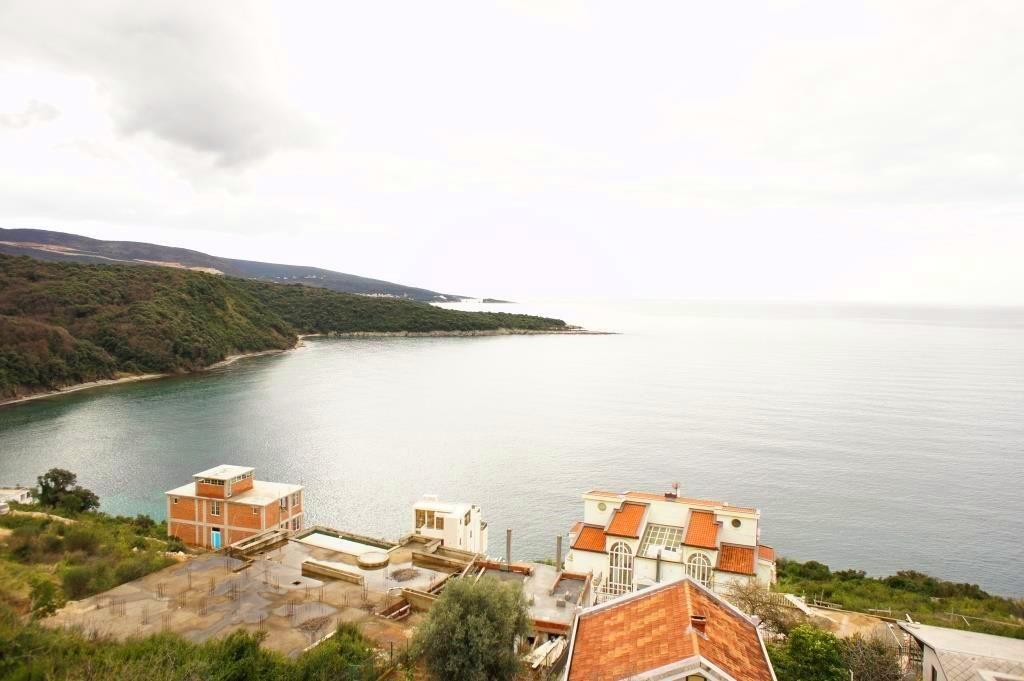 Дом в Добра Воде, Черногория, 275 м2 - фото 1