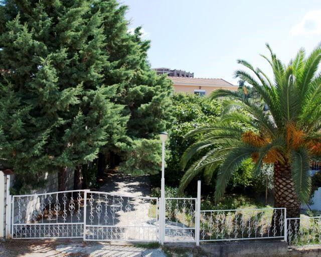 Отель, гостиница в Утехе, Черногория, 186 м2 - фото 1