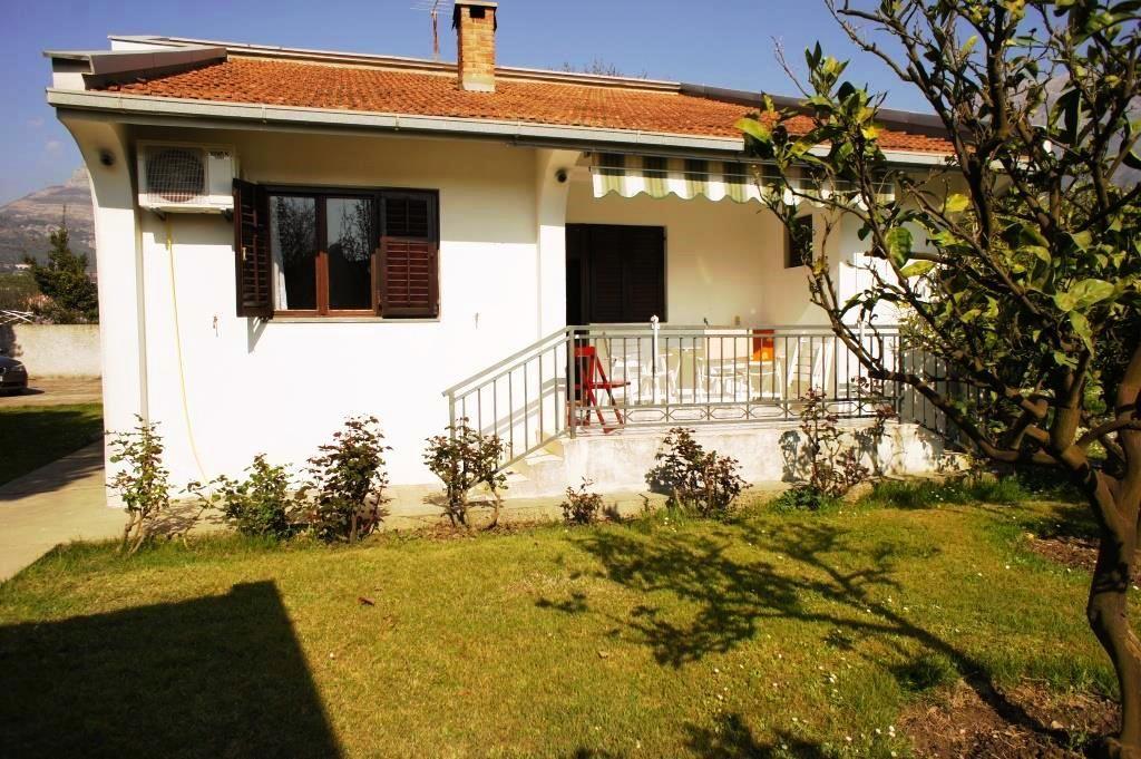 Дом в Баре, Черногория, 2209 м2 - фото 1
