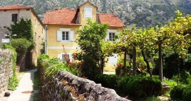 Дом в Доброте, Черногория, 164 м2 - фото 1